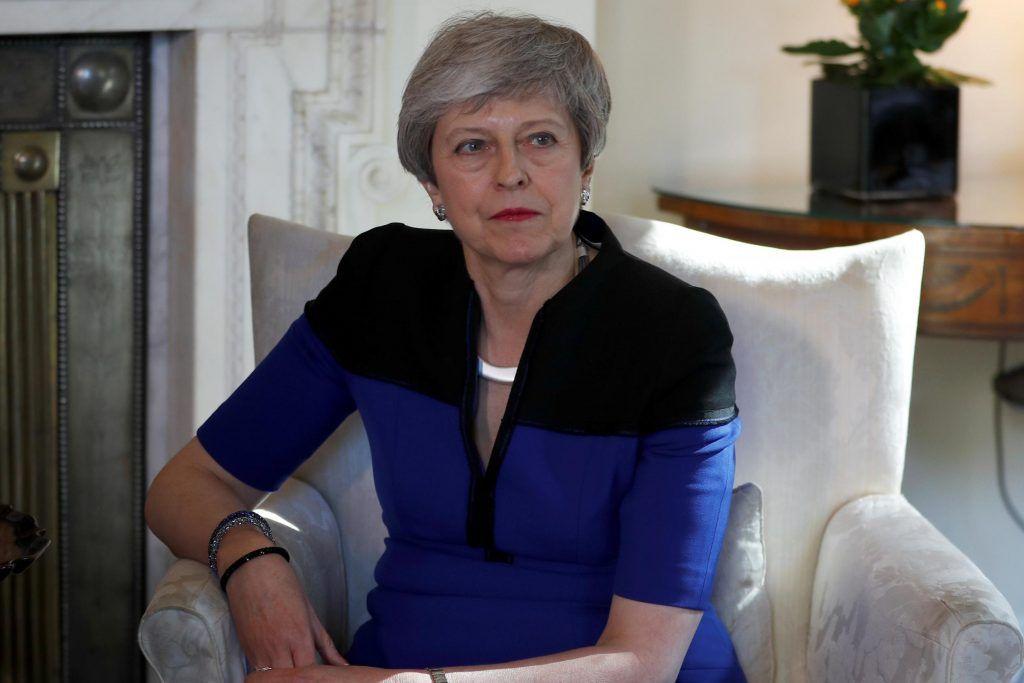 Thị trường forex: Đảng Lao động Anh chọc giận bà May? 2