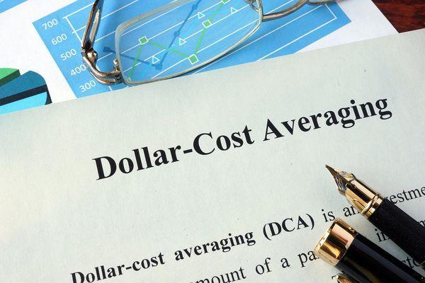 Chiến thuật Bình quân giá Dollar-Cost Averaging DCA