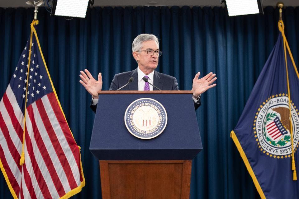 Chủ tịch FED Powell công bố hạ lãi suất