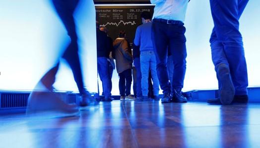 Chứng khoán Châu Âu tăng vọt sau khi nhận được cam kết hỗ trợ từ các ngân hàng trung ương