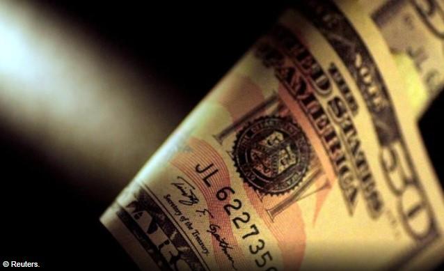 Đồng USD tiếp tục tăng giá, đồng CNY vẫn trên đà tăng