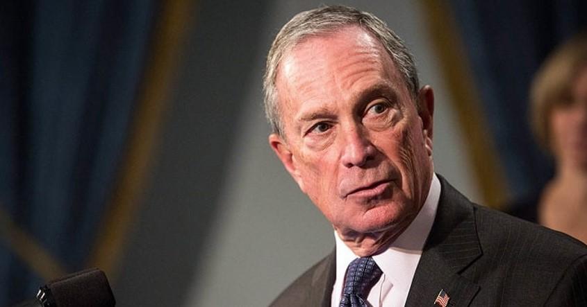 Michael Bloomberglà một doanh nhân người Mỹ sinh năm 1942