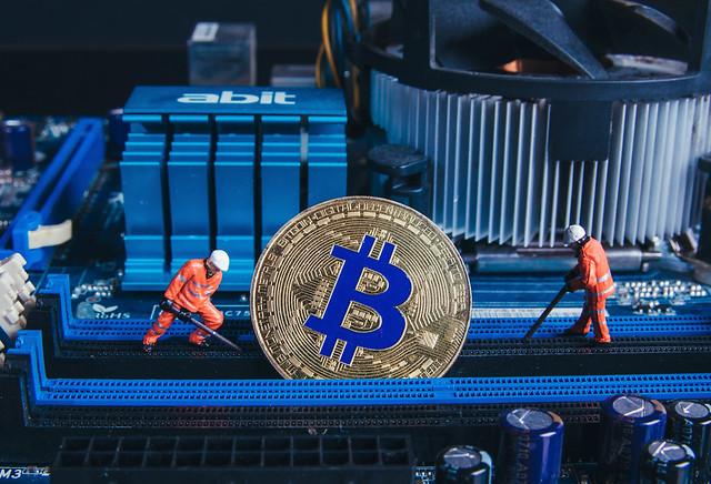 Tại sao chỉ có 21 triệu Bitcoin ? Có liên quan đến cơ chế đào BTC không ?