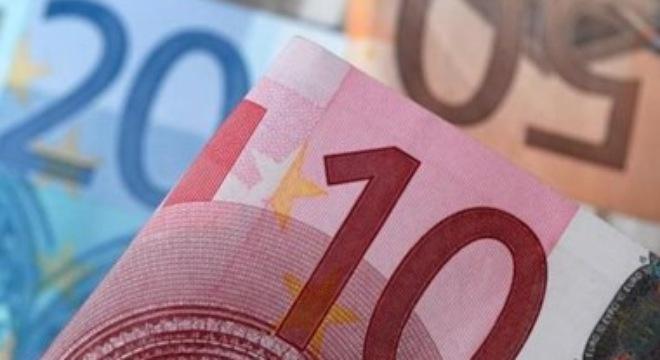 Tin tức forex: GBP chạm mức thấp kỷ lục mới so với USD